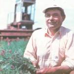 Механизатор Х.Х. Хуснияров